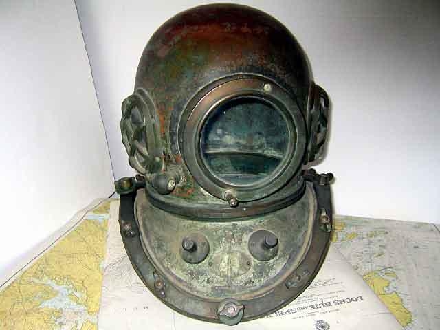 diving_helmet_1132_yokahama.jpg